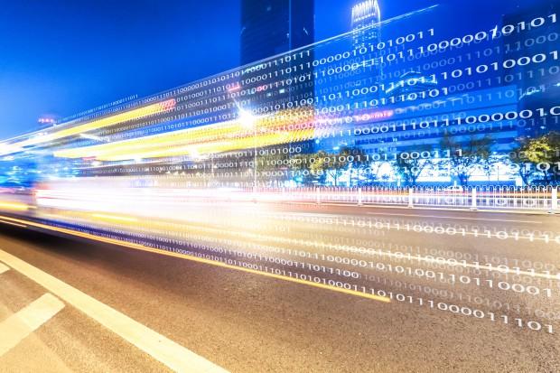 Wiceszefowa MIB: inteligentne systemy transportowe stale na agendzie rządu
