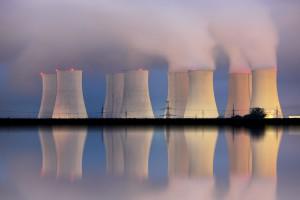 Procedura wyboru dostawcy technologii do elektrowni jądrowej - dwuetapowa