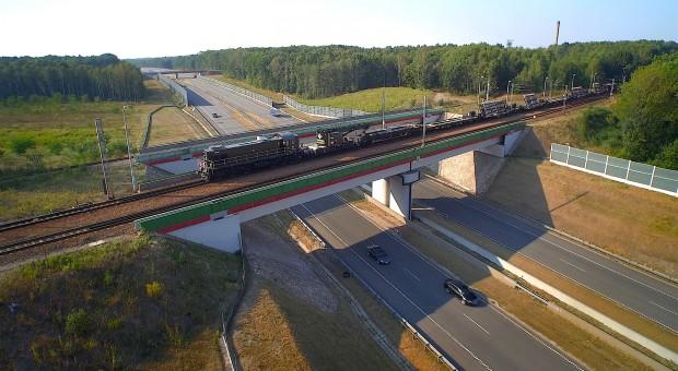 Inwestycje na kolei. Program rozjazdowy się krzywi?
