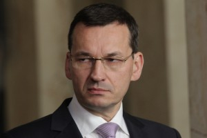 Morawiecki: pieniądze z eliminacji torebek foliowych na poprawę jakości powietrza
