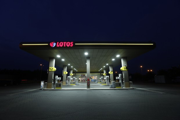 Lotos i Shell podwoiły liczbę stacji akceptujących karty flotowe