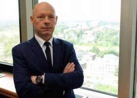 Tomasz Szynol, wiceprezes zarządu Huty Pokój ds. handlu produkcji