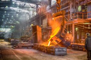 Te dwa regiony pompują nadprodukcję stali. W planach 100 mln ton nowych mocy