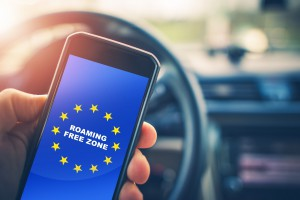 Koniec z opłatami roamingowymi na terenie całej Unii Europejskiej