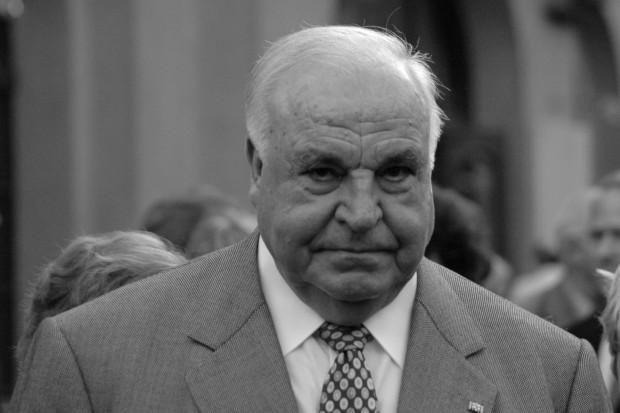 Helmut Kohl - architekt zjednoczenia Niemiec i współpracy z Polską