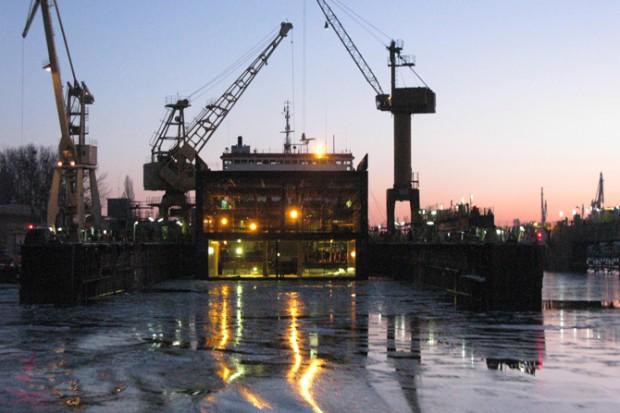 Stocznia Gryfia wybuduje cztery lodołamacze dla zarządu gospodarki wodnej w Gdańsku