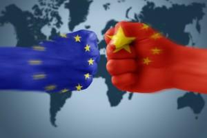 Unia zbroi się przed Chinami? KE ma przeanalizować zagraniczne inwestycje w UE
