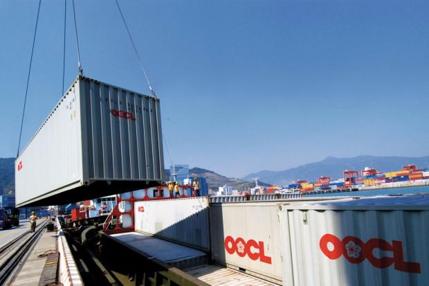 Powstaje trzeci co do wielkości armator kontenerowy
