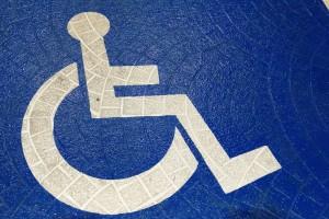 Nowe wymogi oznakowania miejsc dla niepełnosprawnych