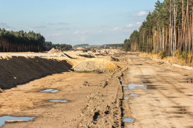 Budowa autostrady A1 nie wygląda normalnie