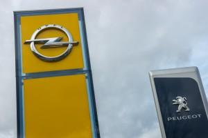 KE zgodziła się na przejęcie Opla przez Peugeota