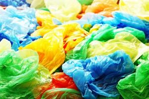370 dol. kary, a nawet kara więzienia za plastikowe torby