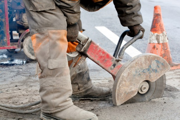 Warszawa: wakacyjne remonty dróg za prawie 70 mln zł
