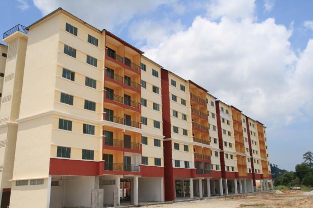 ZBP: mieszkania drożeją, kredytów jest mniej