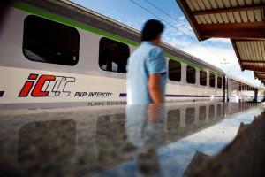 PKP Intercity wyda setki milionów na pociągi