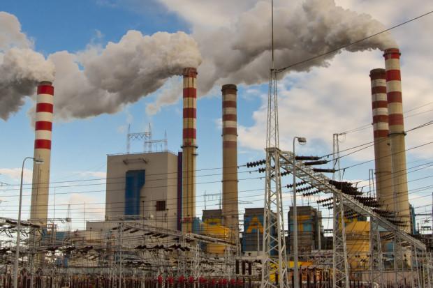 Komisja Europejska chce sięgnąć po pieniądze z rynku CO2
