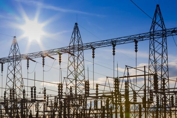 W listopadzie 2017 r. w Polsce produkcja prądu mniejsza o 2,45 proc. niż rok temu