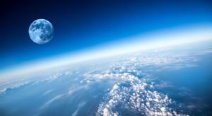 NASA pokazała kombinezony do misji powrotu ludzi na Księżyc