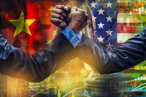 Chiny grożą palcem USA. Zapowiadają ochronę swoich interesów gospodarczych