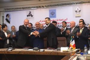 Renault podpisał w Iranie rekordowy kontakt wart 660 mln euro