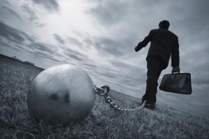 KE: wartość kredytów zagrożonych spada, ale nadal mogą hamować wzrost