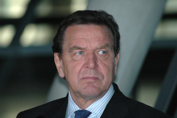 Politycy w biznesie. Gerhard Schroeder kandydatem na dyrektora Rosnieftu