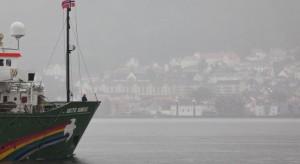 Aktywiści Greenpeace zatrzymali platformę wiertniczą BP