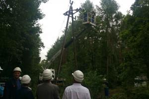 Energetycy wciąż przywracają zasilanie w Kujawsko-Pomorskiem i Pomorskiem