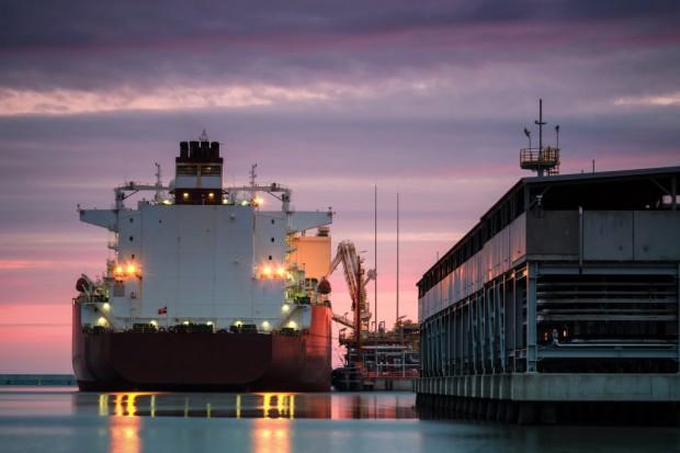 Katar zwiększy o 30 proc. produkcję LNG