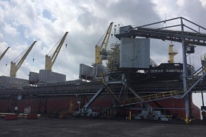 Węgiel z USA płynie na Ukrainę