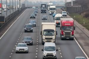 W.Brytania. 31-letni polski kierowca ciężarówki z zarzutami za wypadek na M1