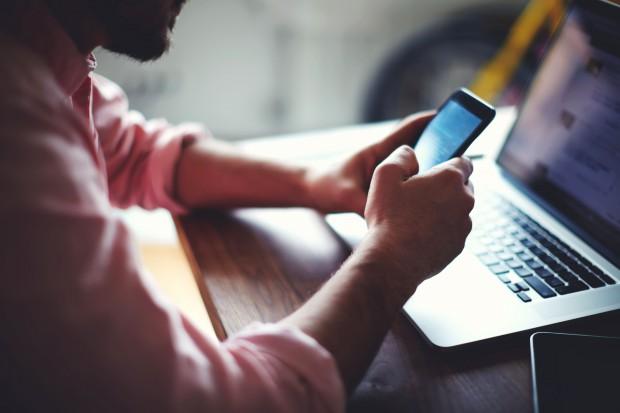 Smartfon na celowniku cyberprzestępców