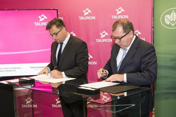 Tauron dostanie z WFOŚiGW 141 mln zł na walkę ze smogiem