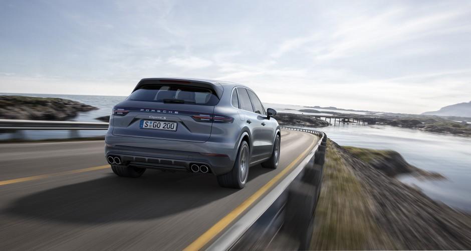 Zdjęcie numer 2 - galeria: Porsche wprowadza trzecią generację Cayenne