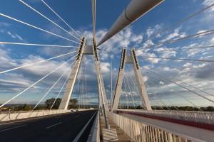 Kardynał patronem najdłuższego mostu w Małopolsce