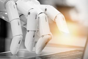 Roboty przetrzebią miejsca pracy w usługach