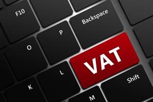Morawiecki chce VAT-em poprawiać budżet UE