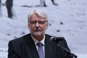 Rekonstrukcja rządu. Witold Waszczykowski wraca wcześniej do Polski z Brukseli