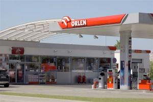 Polskie firmy mają sposób na zmniejszenie kolejek na stacjach