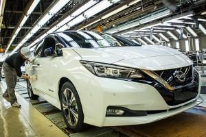 Nissan promuje nowego Leafa. I wbija szpilę Tesli