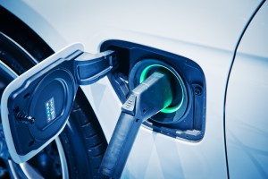 Samochodów elektrycznych o 2/3 więcej