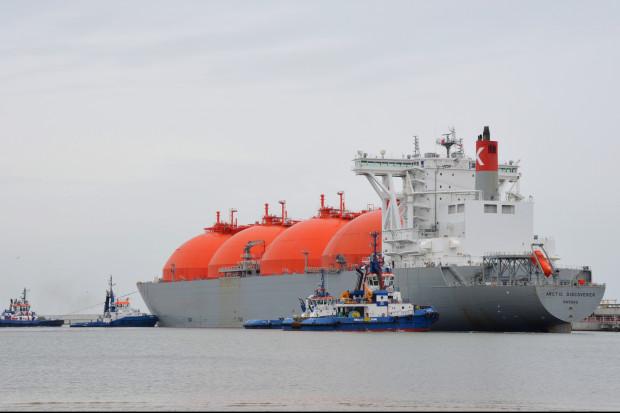 Transport morski czeka na dyrektywy ograniczenia emisji CO2