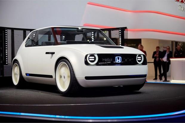 Napędy elektryczne w nowych modelach Hondy w Europie