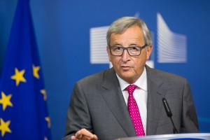 Jean-Claude Juncker: UE potrzebuje nowej dyrektywy ws. umów o pracę