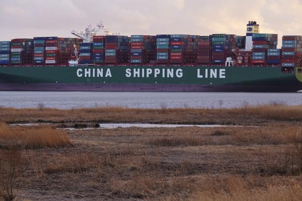 Transport morski: wielkość statków handlowych utrudnia akcje ratownicze