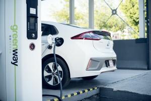 Kolejne polskie miasto stawia na elektryczne auta