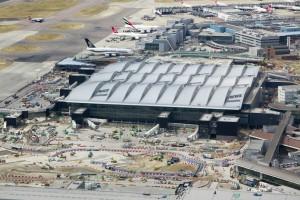 Heathrow generuje notoryczne opóźnienia lotów. Wszystko przez...