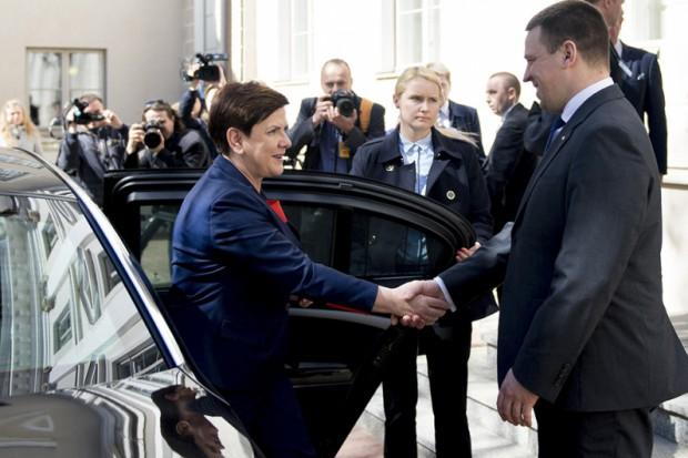 Rail Baltica i Via Carpatia wśród tematów spotkania Beaty Szydło z premierem Estonii