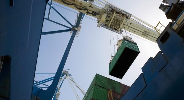 Chiński import znów rósł szybciej, niż eksport