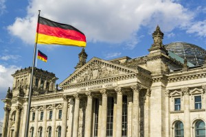 Niemiecka gospodarka hamuje. Politycy za Odrą boją się ryzyka